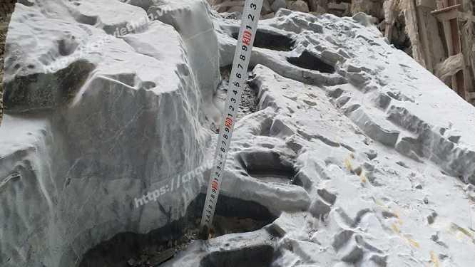 máy khắc đá